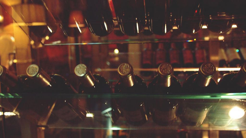 Milujete víno? Zařiďte si vlastní sklípek